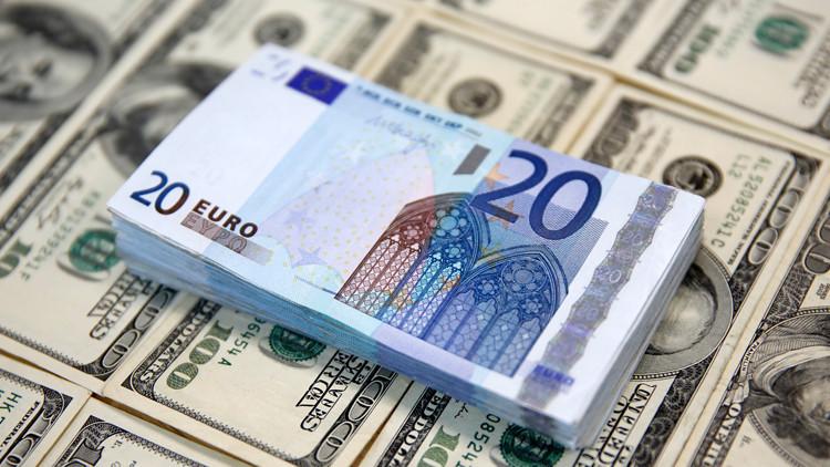 استطلاع للرأي: تراجع الاقتصاد القومي لأوروبا والولايات المتحدة