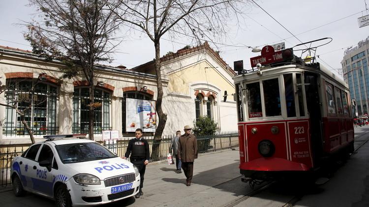 اسطنبول.. توقيف 3 أشخاص بتهمة التخطيط لاستهداف مصالح ألمانية