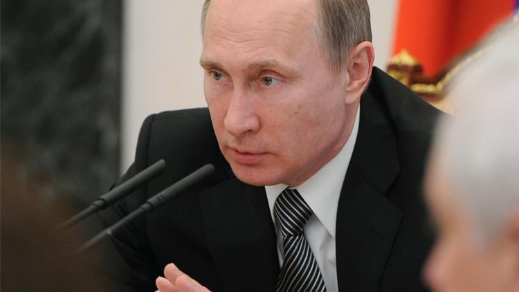 بوتين يدعو لمحاربة الفساد ومكافحة الجرائم الاقتصادية