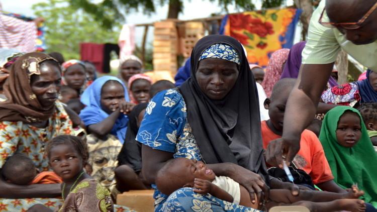 الجيش النيجيري يحرر أكثر من 800 رهينة من مسلحي
