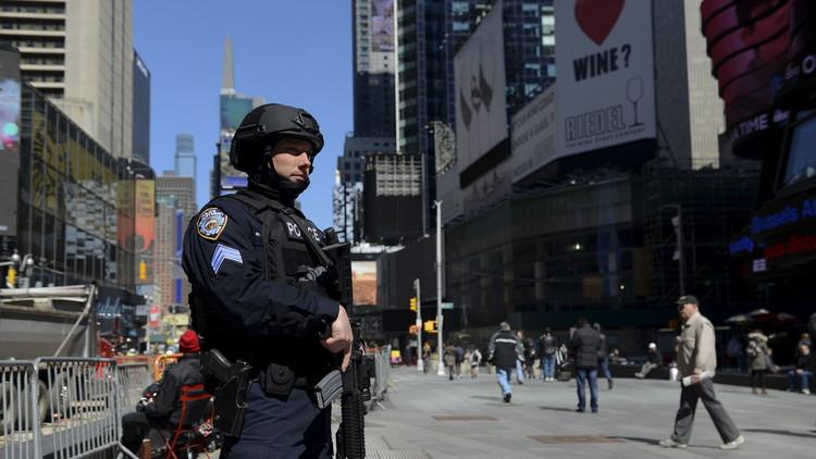 الشرطة الأمريكية تلقي القبض على رجل استعار فيلما منذ 14 عاما ولم يعده