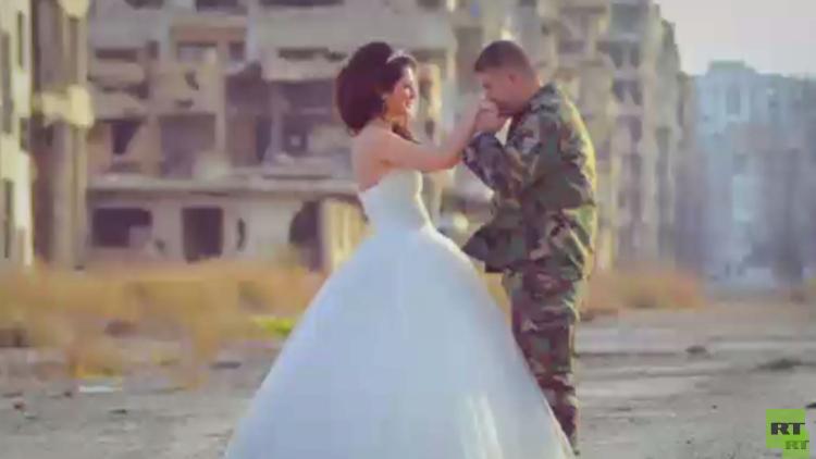 جعفر مرعي يصور الحياة في حمص