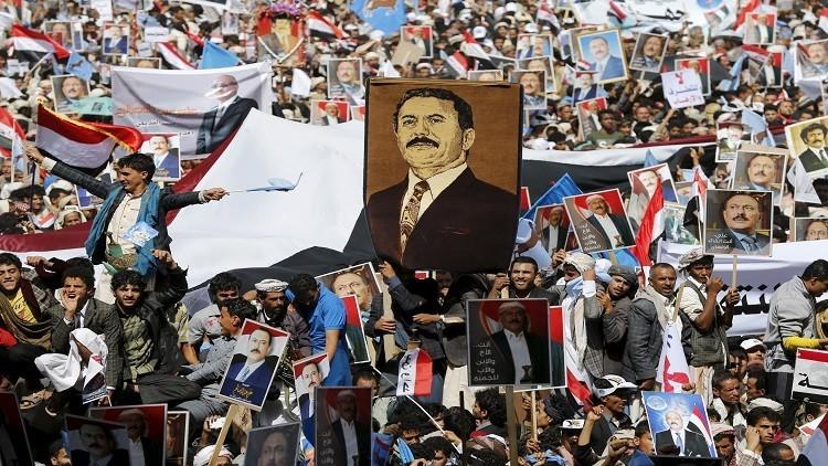 صالح يستعرض شعبيته
