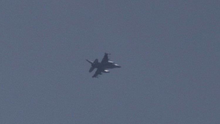 مقاتلات إسرائيلية تعترض الطائرة المصرية المختطفة لمنع تحليقها فوق إسرائيل