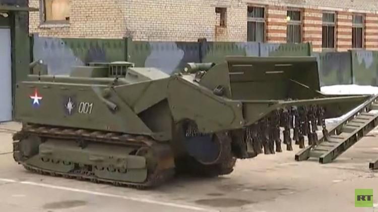 فيديو.. تدريبات خبراء روس في نزع الألغام عشية توجههم إلى تدمر