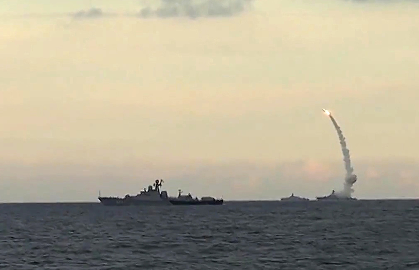 بالفيديو .. روسيا تخطط لتزويد غواصات