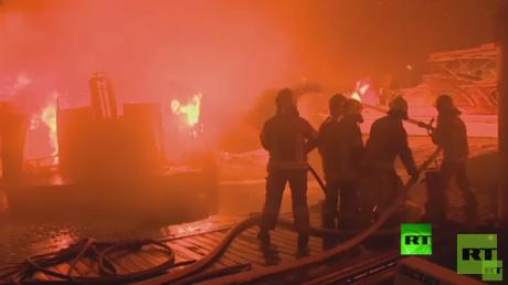 حريق يلتهم 8 قوارب