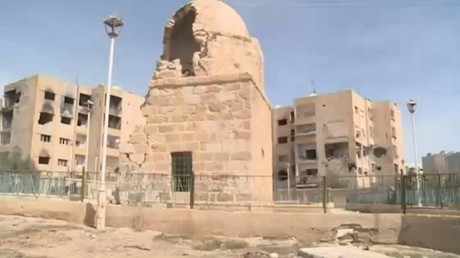 RT ترصد الأوضاع في يبرود وعدرا بريف دمشق