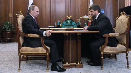 رمضان قادروف وفلاديمير بوتين