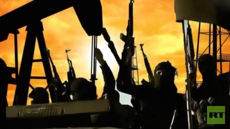 """النقد الدولي: النفط و""""داعش"""" يستنزفان العراق"""