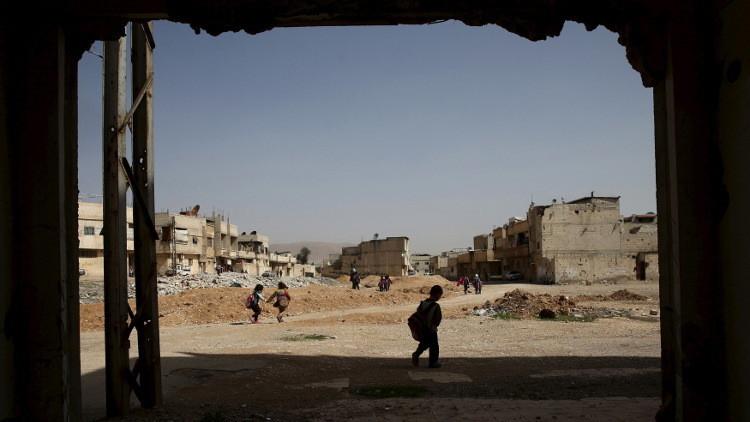 واشنطن تتهم القوات السورية بقصف مدرسة ومستشفى في ريف دمشق