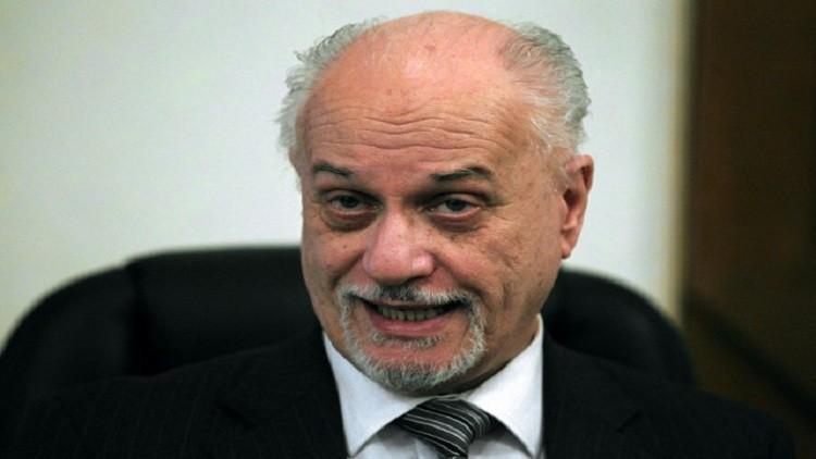 الشهرستاني يتبرأ من أشهر فضيحة فساد هزت العراق