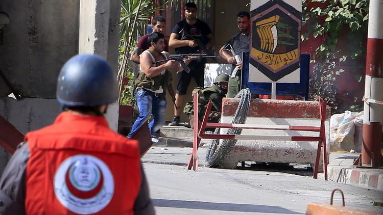 قتيل وعدد من الجرحى باشتباكات في عين الحلوة جنوب لبنان