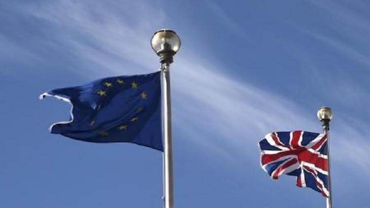 استطلاع : تقدم المؤيدين لانسحاب بريطانيا من الاتحاد الأوروبي