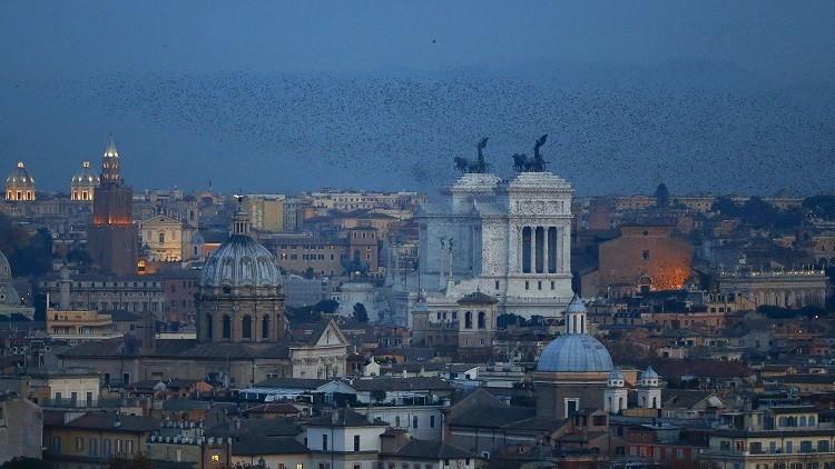 حريق في مقهى شهير وسط روما يودي بحياة شخص