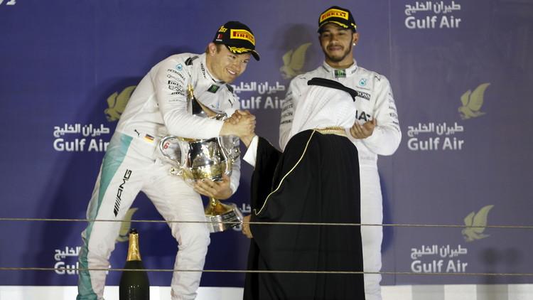 الألماني نيكو روزبرغ  يحرز جائزة البحرين الكبرى لسباقات الفورمولا وان