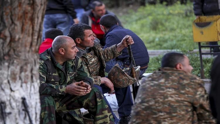 تضارب الأنباء عن عدد القتلى من الجانبين في قره باغ.. ودعوات للتهدئة