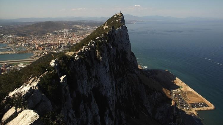 إسبانيا تلغي تأشيرات الدخول للسياح الروس
