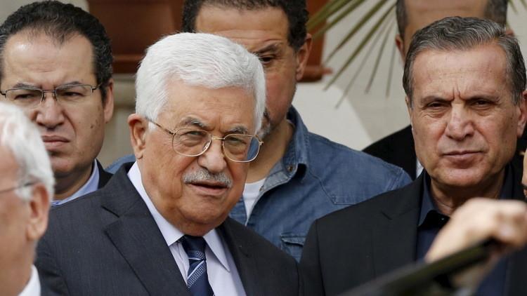 عباس إلى موسكو لبحث المبادرة الفرنسية