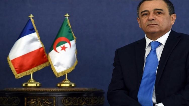 الجزائر تحتج على