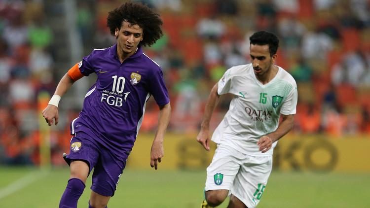 بالفيديو .. عموري يداعب الكرة في مباراة رسمية