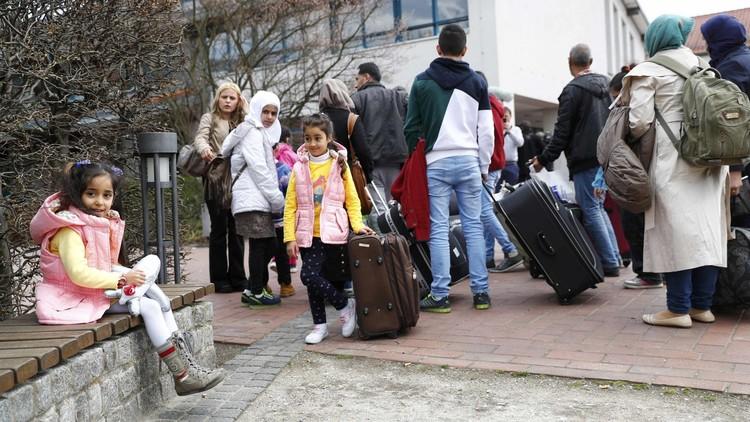 الرئيس الألماني يحث على اتخاذ إجراءات فورية لدمج اللاجئين