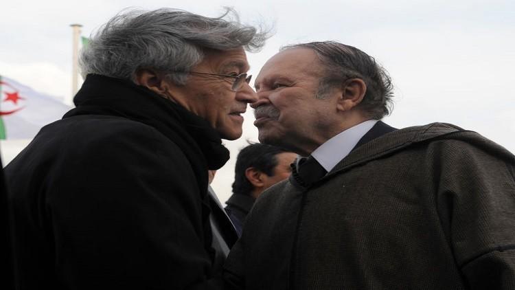 الجزائر ترفض منح التأشيرة لصحفي فرنسي ردا على الإساءة لبوتفليقة