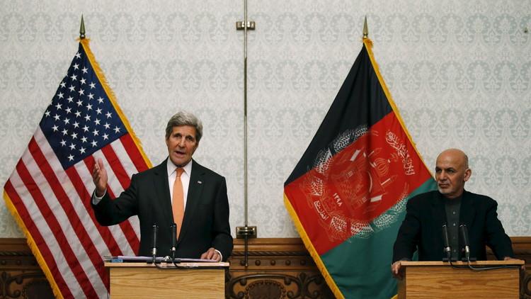 كيري يدعو طالبان إلى مفاوضات سلام