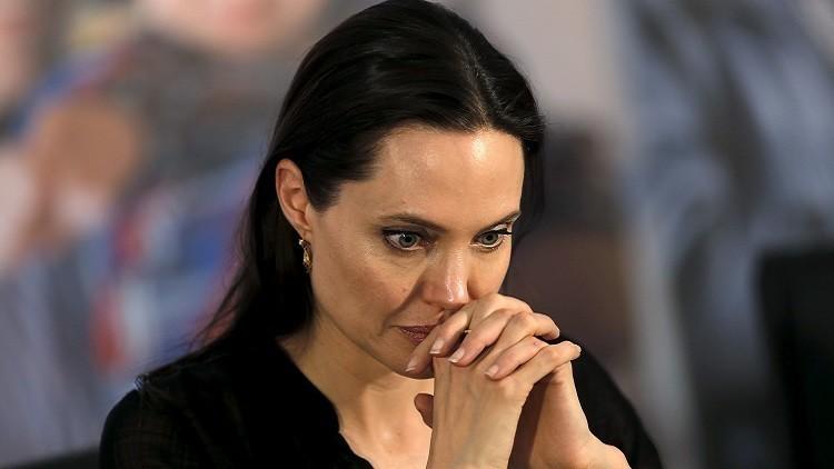 أنجلينا جولي تستخلص العبر من تعاملها مع أزمة اللاجئين