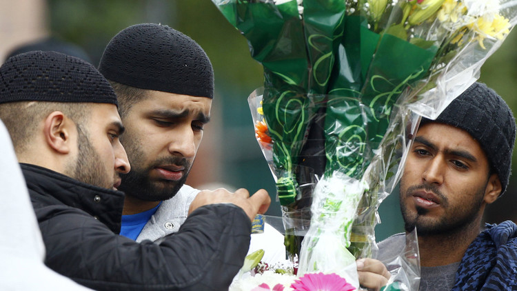 دراسة: نصف مسلمي بريطانيا ضد شرعية الجنس المثلي وربع مع تطبيق أحكام الشريعة الإسلامية