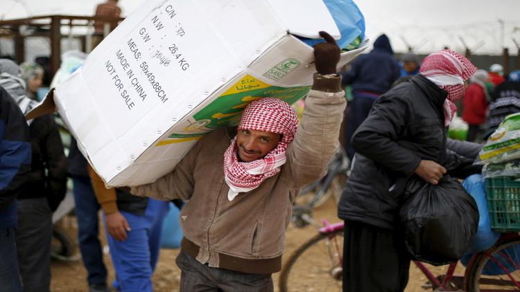 برنامج الأغذية ينجح للمرة الأولى في إلقاء مساعدات غذائية لدير الزور