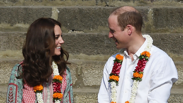 الأمير ويليام وكيت في أول زيارة للهند...وشاروخان يتغزل بالدوقة