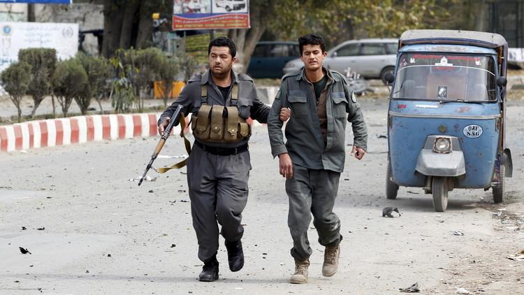 مقتل 12 شخصا وإصابة العشرات بتفجير انتحاري في ننكرهار شرق أفغانستان