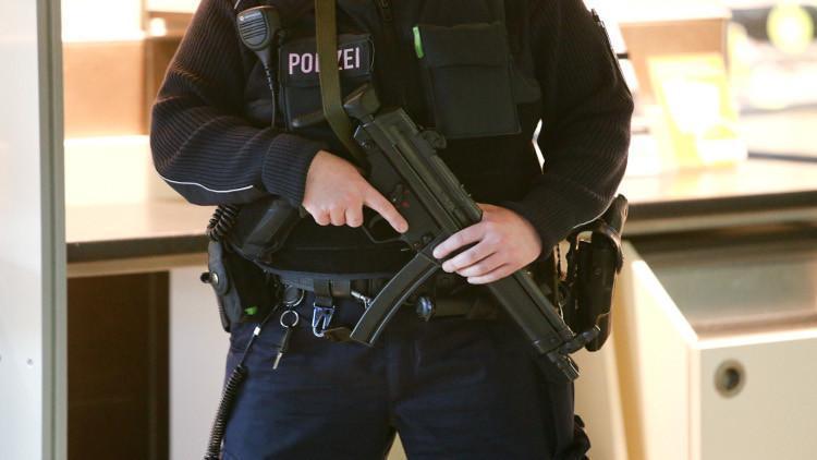 الشرطة تداهم محلات وشققا في برلين وتوقف عربا مشتبها بهم