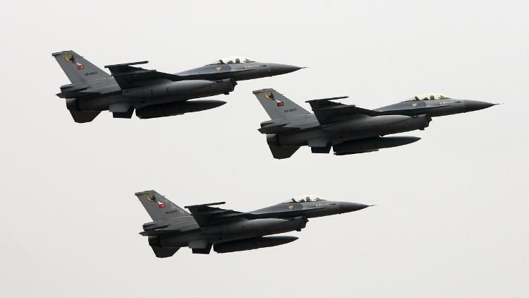 مقاتلات تركية تخترق الأجواء اليونانية لليوم الثالث