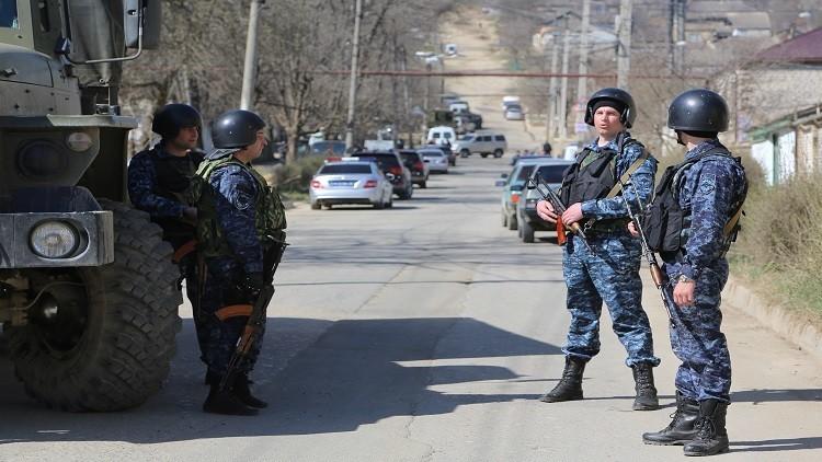قوات خاصة  من هيئة الأمن الفدرالية الروسية تقضي على 3 إرهابيين في داغستان (فيديو)