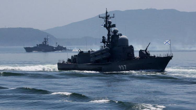 سفن حربية روسية تشارك في المناورات البحرية لدول آسيا والمحيط الهادئ