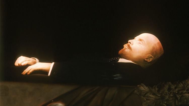 مئتا ألف دولار لرعاية جثمان لينين وضريحه