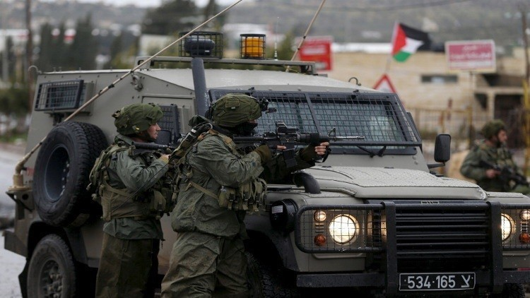 مقتل شاب فلسطيني برصاص الجيش الإسرائيلي في الخليل