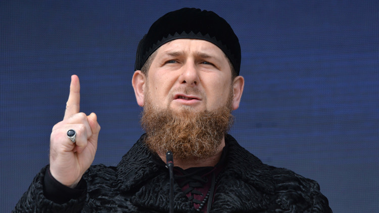 بوتين: قاديروف على قناعة بضرورة بقاء الشيشان ضمن روسيا