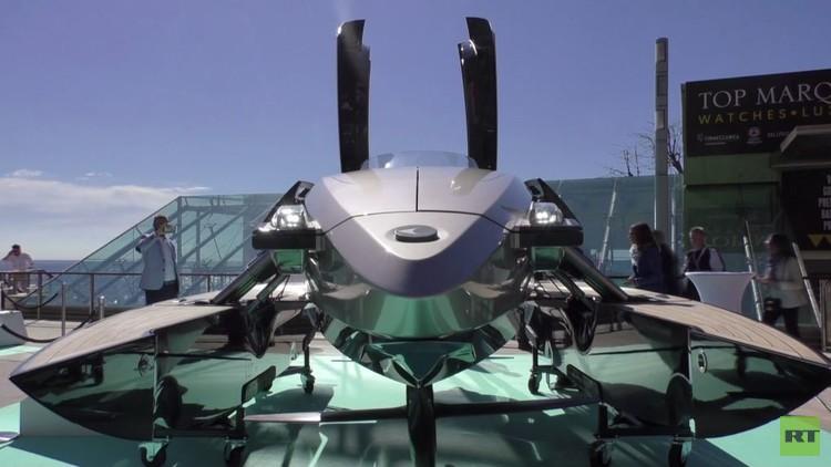قارب مذهل يغير هيكله إلى 6 أشكال مختلفة (فيديو)