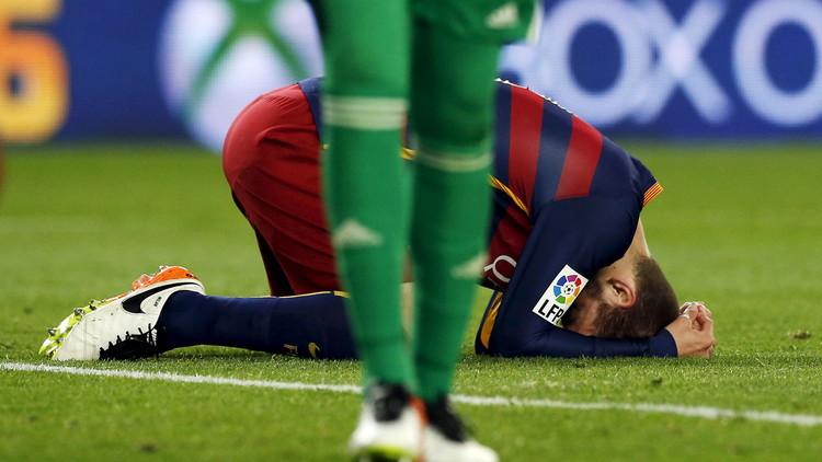 بالفيديو.. برشلونة يخسر أمام فالنسيا ويسقط في