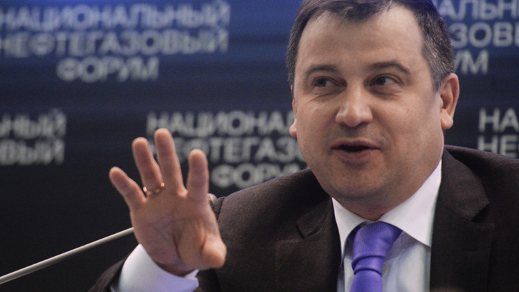 مسؤول: روسيا تدرس زيادة إنتاجها من النفط الخام