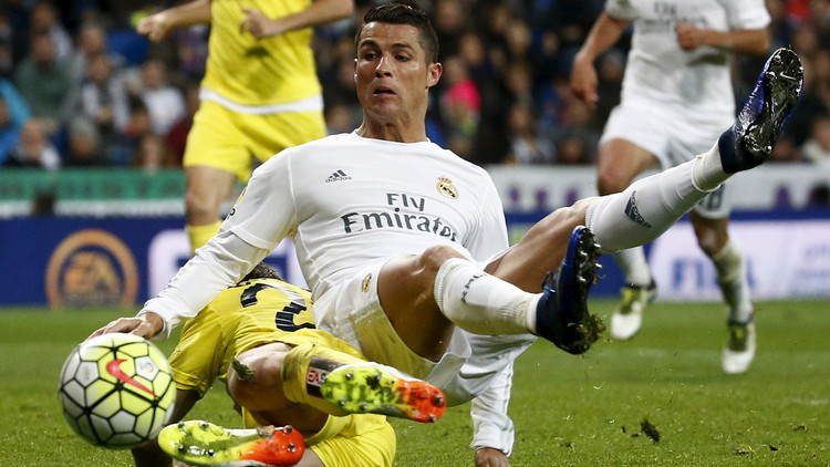 ريال مدريد يكسب فياريال ويخسر رونالدو (فيديو)