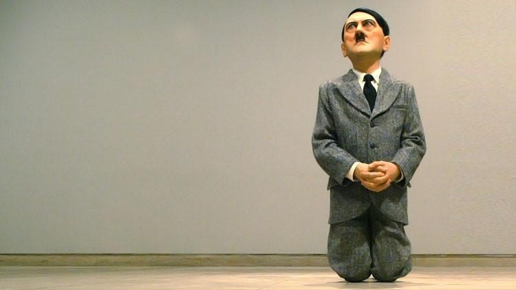تمثال هتلر الراكع قد يحصد 15 مليون دولار