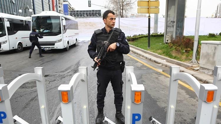 اعتقال صحفية هولندية بتهمة إهانة أردوغان