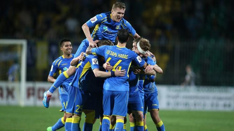 روستوف يهزم زينيت ويقترب من لقب الدوري الروسي