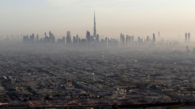 كيف تحولت دبي من صحراء إلى مركز عالمي؟