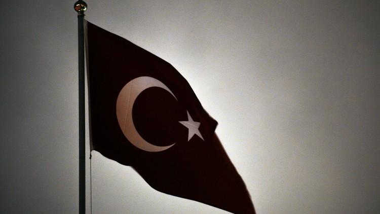 تركيا تهدد باتخاذ إجراءات عسكرية ردا على قصف من سوريا