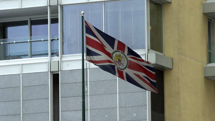 لندن: لا حل للأزمة السورية ببقاء الأسد